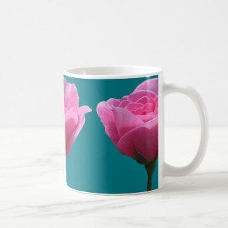 Rosas rosados en Torquoise Taza De Café