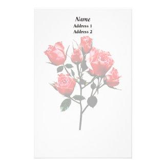 Rosas rosados oscuros del bebé papelería