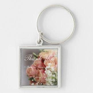 Rosas rosados suaves y boda de la respiración del  llavero cuadrado plateado