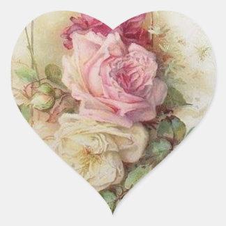 Rosas rosados y blancos del Victorian del vintage Pegatina En Forma De Corazón