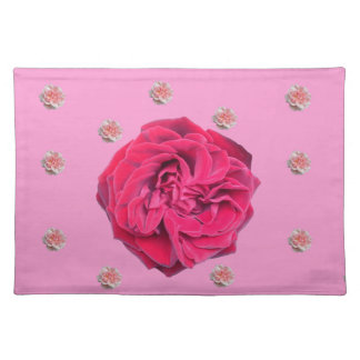 Rosas rosados y rojos en rosa salvamanteles