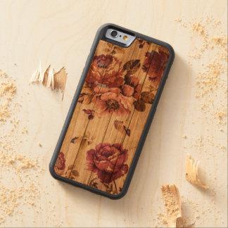 Rosas rústicos románticos en el caso de madera del funda protectora de cerezo para iPhone 6 de carved