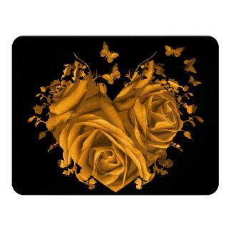 Rosas y mariposas RSVP del corazón del oro Invitación 10,8 X 13,9 Cm
