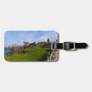 Ruinas del castillo de Urquhart a lo largo de Loch Etiqueta Para Maletas