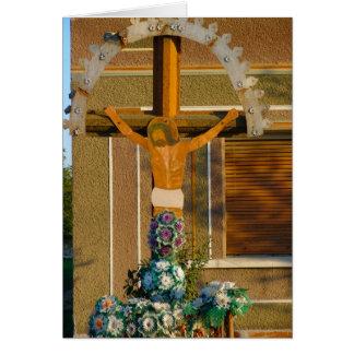Rumania, capilla del borde del camino, crucifijo, tarjeta de felicitación