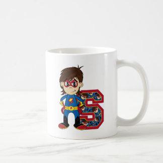 S está para el super héroe taza clásica