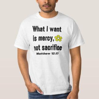 Sacrificio negro de la misericordia no camisas