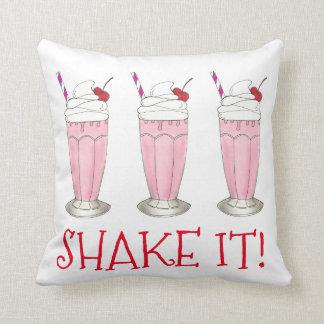 ¡Sacúdalo! Pique el Milkshake de la tienda de Cojín Decorativo