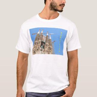 Sagrada Familia en Barcelona, España Camiseta
