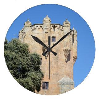 Salamanca, España. Tower del Clavero Reloj Redondo Grande