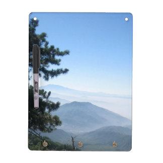 Salida de la luna de la montaña de San Bernardino Pizarras Blancas De Calidad