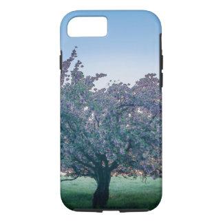 Salida del sol de la primavera, árbol florecido en funda iPhone 7