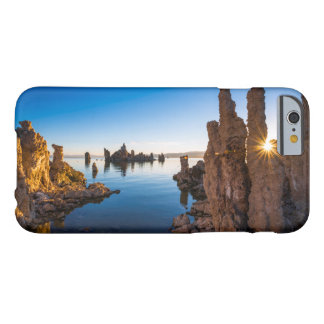 Salida del sol en el mono lago, California Funda Barely There iPhone 6