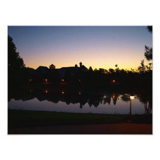 Salida del sol imponente del tejado en Orlando, la Foto