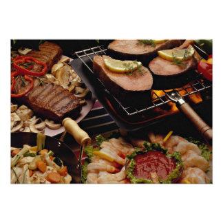 Salmones, filetes de carne de vaca y cóctel asados comunicado personal
