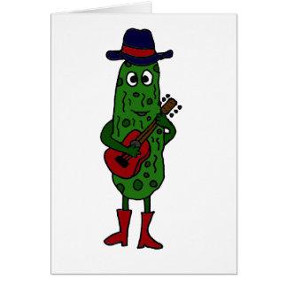 Salmuera divertida que toca la guitarra roja tarjeta
