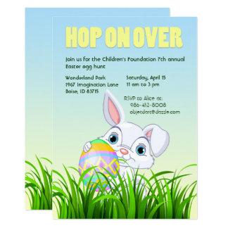 Salto encendido sobre las invitaciones de Pascua