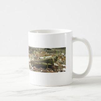 Salto-principio su taza de café del día