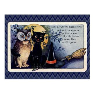 Saludo de Halloween del búho y del gato del Postal