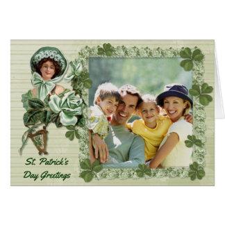 Saludos color de rosa irlandeses de la foto tarjeta de felicitación