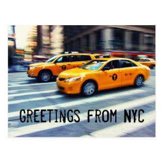 Saludos de NYC - dos taxis amarillos Postal