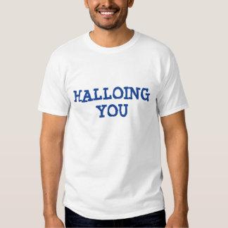 """Saludos ingleses quebrados """"Hola-ing usted Camisas"""