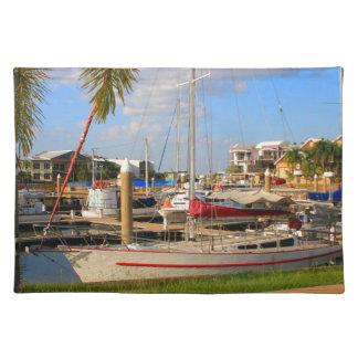 Salvamanteles Barcos en el puerto deportivo, Darwin, Australia
