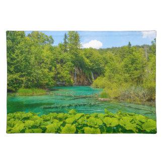 Salvamanteles Cascadas en el parque nacional de Plitvice en