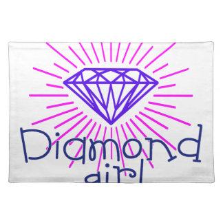 Salvamanteles chica del diamante, gema que brilla