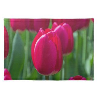 Salvamanteles De los tulipanes placemat cercano rosado para