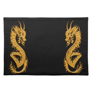 Salvamanteles Dragón oriental de oro 02