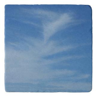 Salvamanteles El cielo azul con blanco se nubla la foto