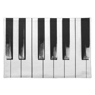 Salvamanteles El piano viejo cierra divertido se refresca