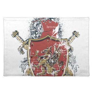 Salvamanteles espadas y diseño rojo