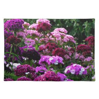 Salvamanteles Jardín de flores en verano