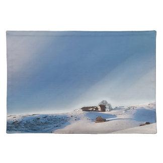 Salvamanteles paisaje que nieva del invierno