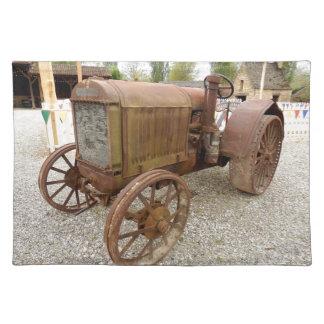 Salvamanteles Placemat oxidado del tractor del vintage
