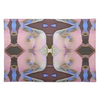 Salvamanteles Suavemente rosa con acentos del bígaro de Brown