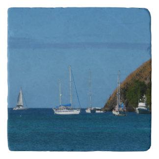 Salvamanteles Veleros en el náutico blanco y azul de la bahía