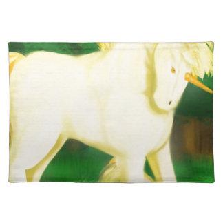 Salvamanteles war unicorn