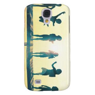 Samsung Galaxy S4 Cover Niños felices que juegan en el ejemplo del parque