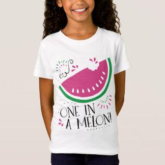 Sandía una en una camiseta del melón