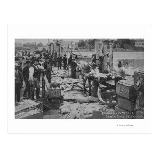 Santa Cruz, CA - escena del muelle del pescador Tarjetas Postales