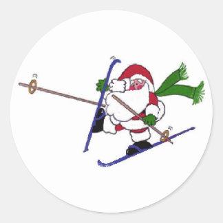 Santa en las cuestas pegatina redonda