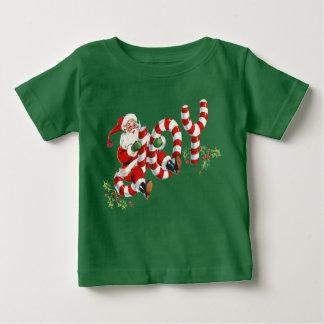 Santa retro que envía la ropa del día de fiesta camiseta de bebé