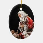 Santa y el ornamento del navidad del niño de Crist Adornos
