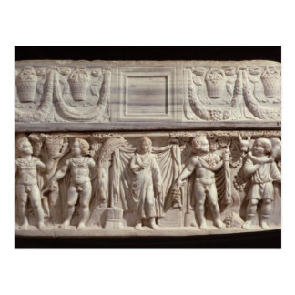 Sarcófago que representa el difunto postal