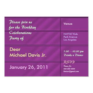Satén púrpura rico con el texto de la muestra invitación 12,7 x 17,8 cm