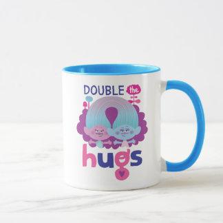 Satén y felpilla - los abrazos dobles de los taza
