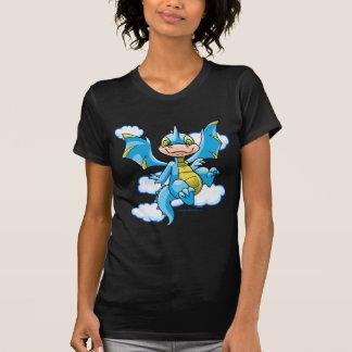 Scorchio azul con su cabeza en las nubes camisetas